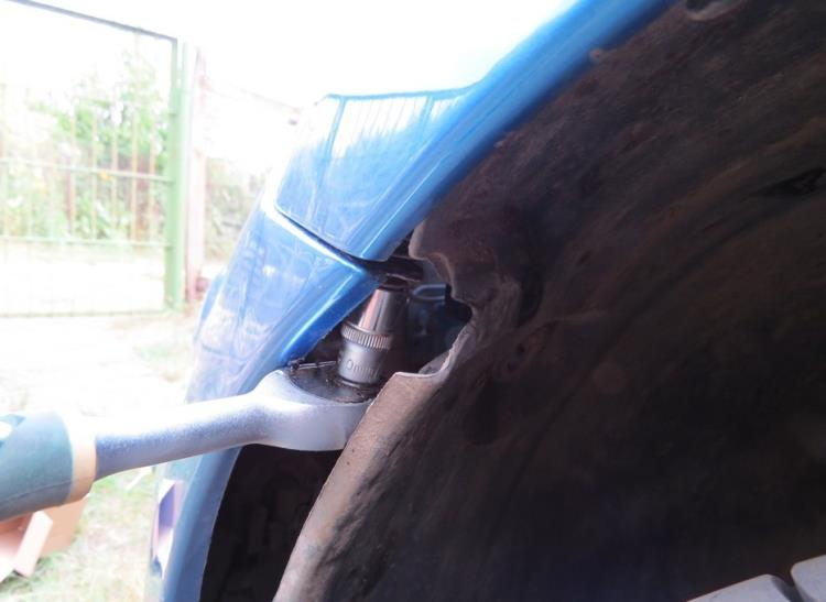 Снятие и установка переднего бампера Nissan Note 2004 - 2012