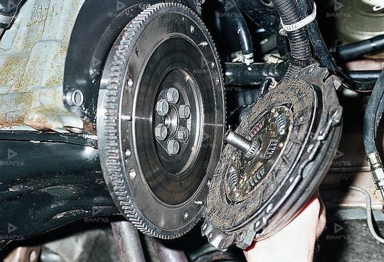 Замена диска сцепления KIA Sorento в Тюмени