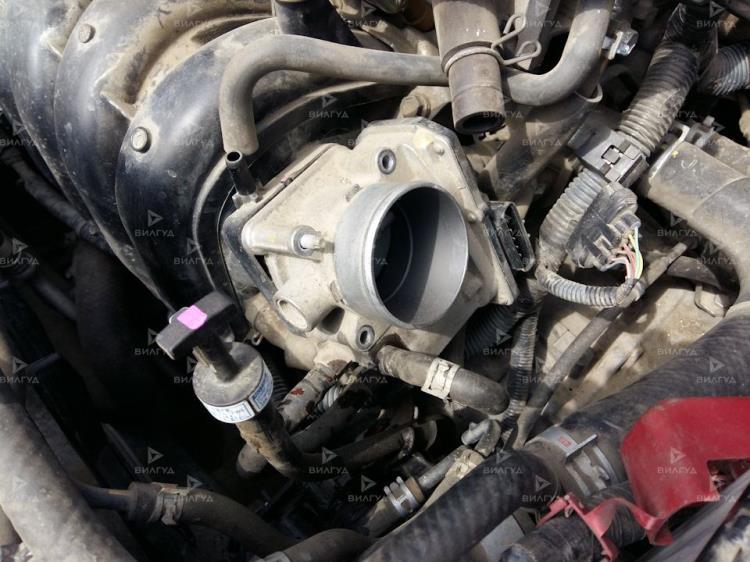 Замена дроссельной заслонки Toyota RAV 4 в Санкт-Петербурге