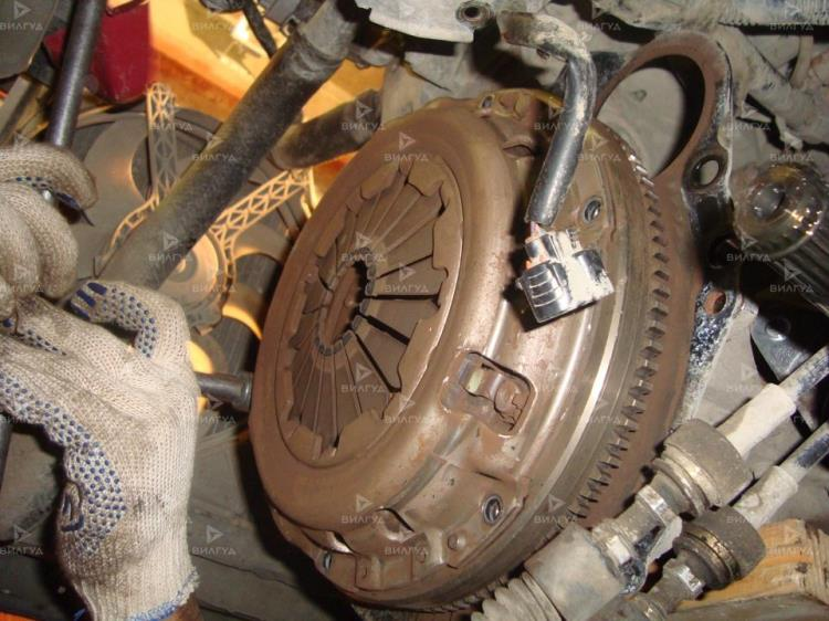 Замена сцепления Nissan Tiida в Нижневартовске