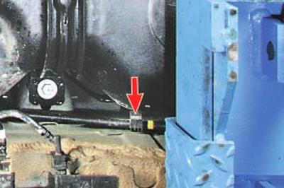 Замена задних тросов привода стояночного тормоза Форд мондео 4 (2007-2014)