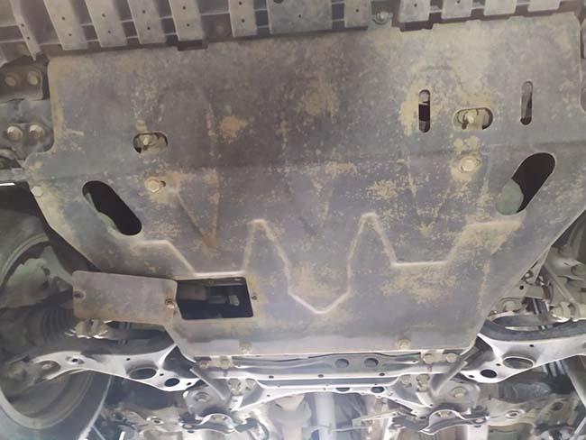 защита двигателя Тойота