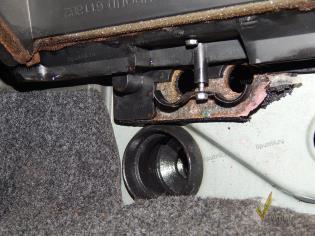 Замена радиатора отопителя на Chevrolet Lanos.
