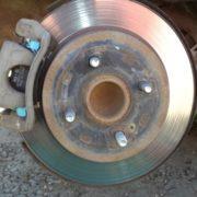 Как заменить задние тормозные колодки Kia Rio 3