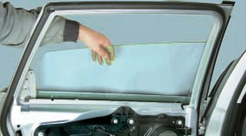 Замена наружной ручки и замка задней двери Ford Fusion Fiesta