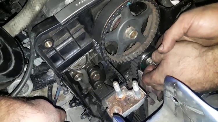 Газораспределительный механизм Hyundai Accent