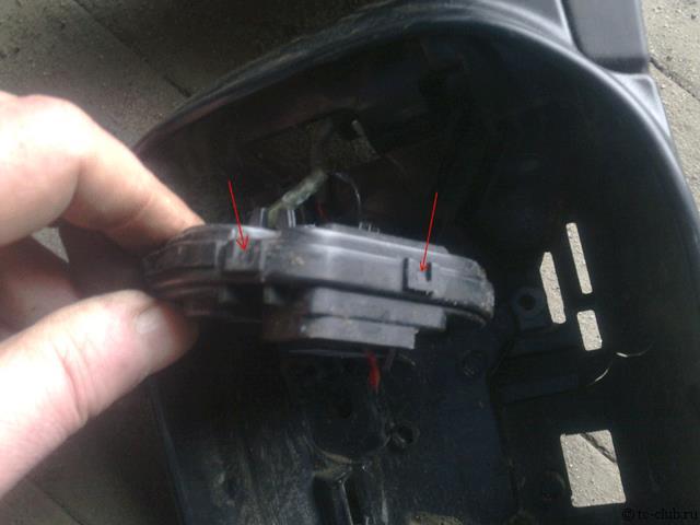 Зеркала на Тойота Камри 40: боковое и заднего вида, как снять и заменить