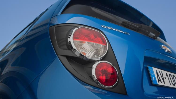 Chevrolet-Aveo-2011-3840x2160-069.jpg