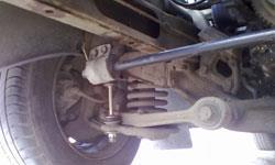 Замена стоек переднего стабилизатора Chevrolet Tahoe