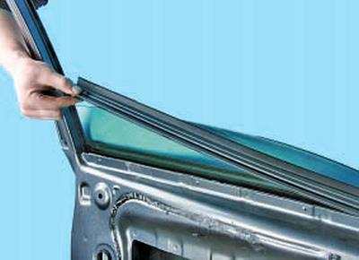 Замена стекла передней двери Тойота Королла 10 Аурис