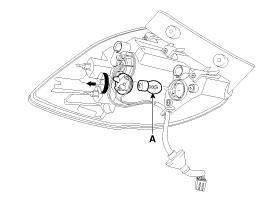 замена лампы заднего поворота