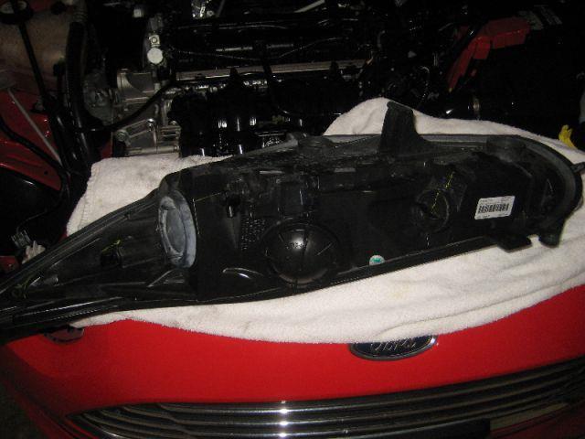 замена лампы габарита на Форд Фиеста